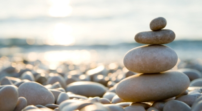 yoga-lehrerinnen-balance-geschaeft-karma